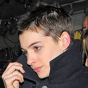 anne-hathaway-short-hair.jpg