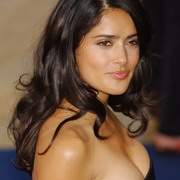 salma hayek 93298 Salma Hayek Forced to Tell Daughter She Is Famous