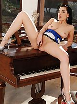 Female Masturbation, Sexy Brunette Baby Nicole Bangs Herself On Top Of The Piano