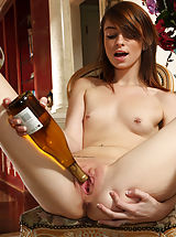 Female Masturbation, Naveen Ora in Knuckling by ALS Pussy n Clit bottle fuckin