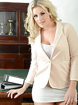 Secretary, Amy Green Sexy Pupils in Lingerie Nylons plus High Heels