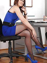 Secretary, Hungarian Hottie Minnie Manga Footjobs In Pantyhose Porn