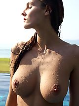 Big Nipples, Hegre Art, Linda emerges from the pool naked and wet
