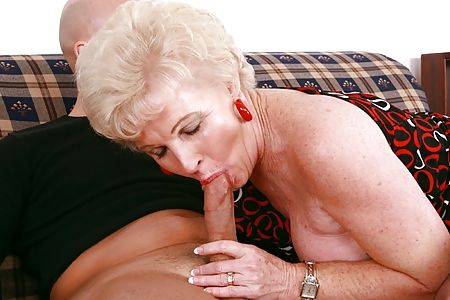 Naughty America Scene: Mrs. Jewell is a mature mom with natural tits ...