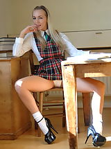 Upskirt, Sexy UK Lady Hayley Marie Coppin, upskirt white panties of naughty schoolgirl nude photos