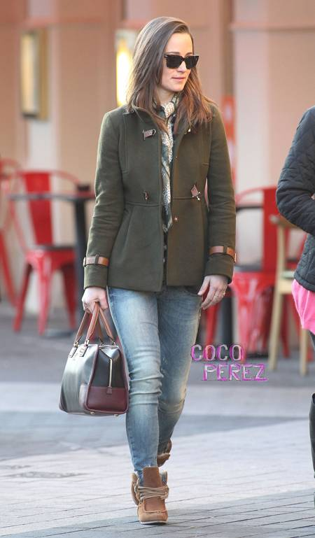 pippa-middleton-in-fay-maje-and-jeans-work-style.jpg