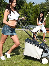 Public Nudity, Stracy 02 lesbian sex gardener