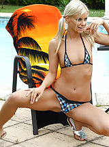 Bikini, Camel Toe and Coitus