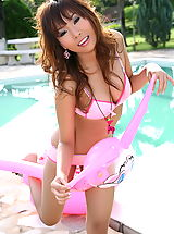 Micro Bikini, Asian Women paulena kee 10 pink vagina pool