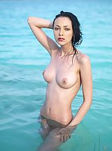 Micro Bikini, Gorgeous Anna gets naked for you
