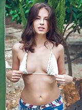 Bikini, Nasida