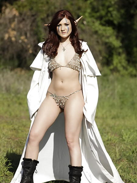 Jennifer bini taylor nude boobs