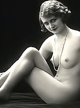 Vintage And Retro, Very Old Erotic Vintage Postcards From France Displaying Fully Naked Women