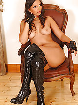 High Heels, Mistress Eve Angel Fingers Tied-Up Slavegirl Liza del Sierra