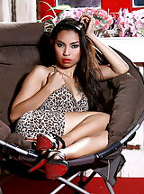 High Heels, Raw Vietnamese Model Amara Ranipas 36 Bend Over And Say Ahhh